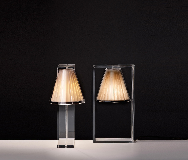 Lampada da tavolo e comodino LIGHT-AIR by Kartell